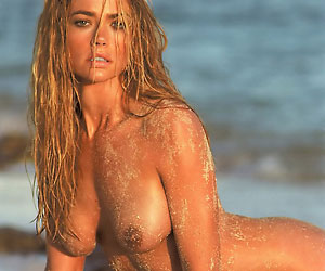 denise richards who starred in 1999's the world is not enough naked